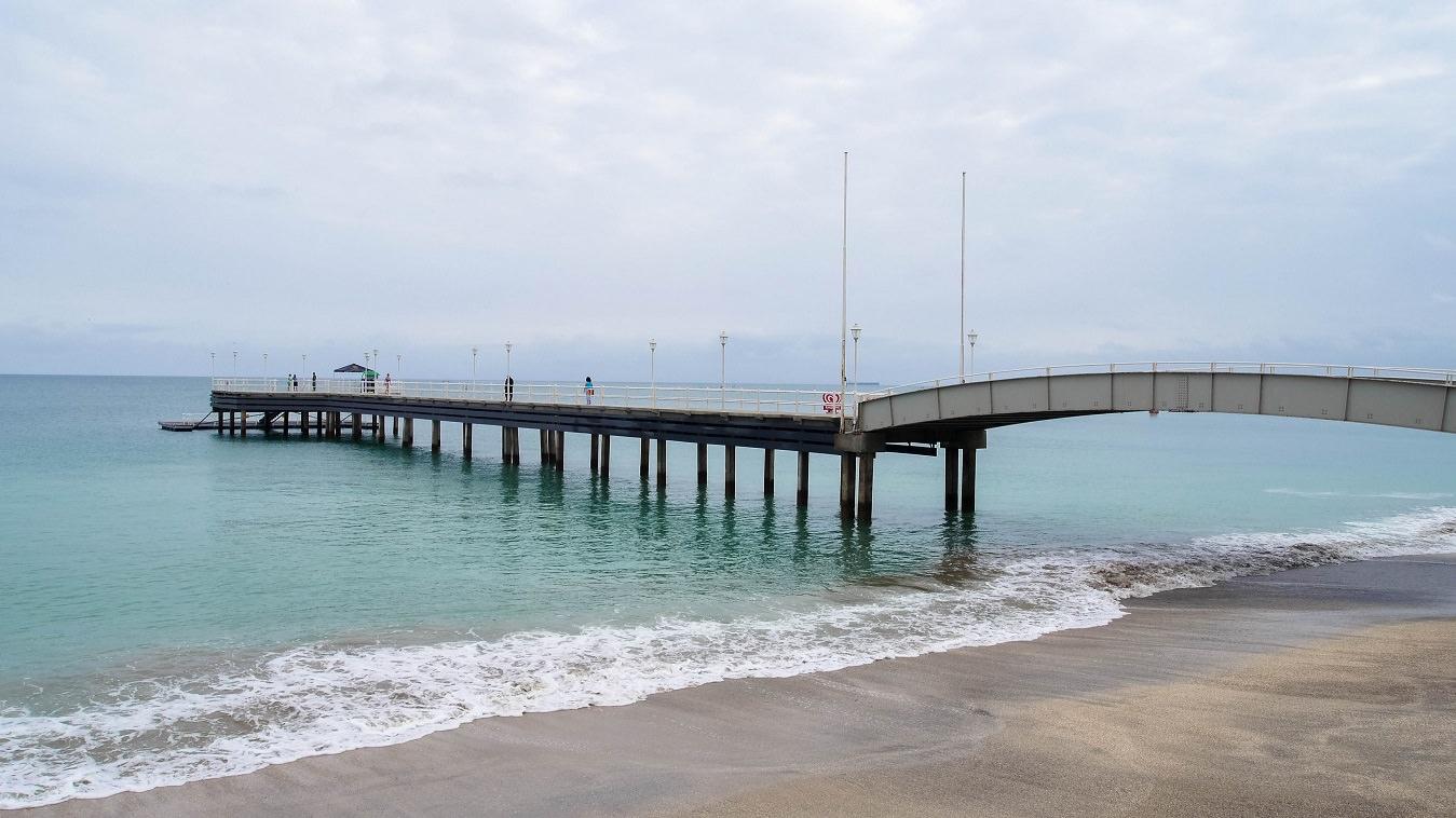 ecuador-salinas-playa-muelle-puente