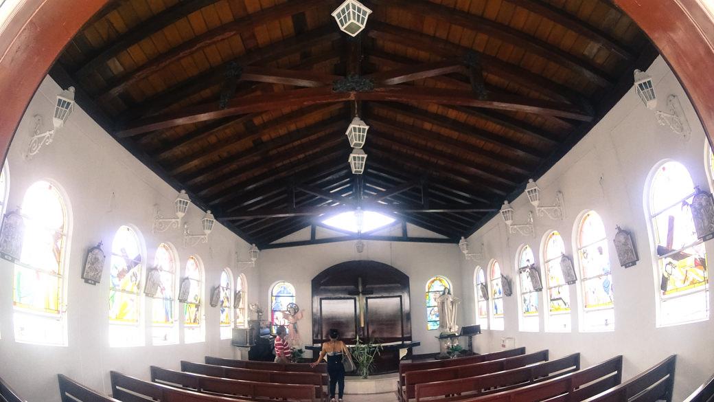 ecuador-guayaquil-capilla-del-cerro-santa-ana-dentro