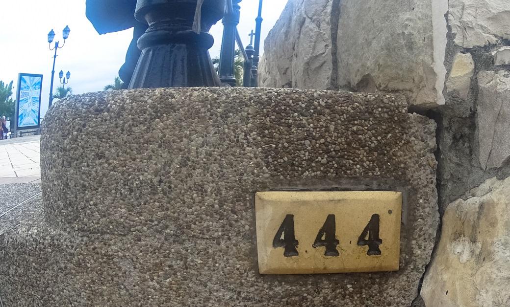 ecuador-guayaquil-cerro-santa-ana-escalera-444