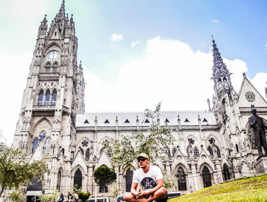 Basilica Del Voto Nacional Quito Ecuador